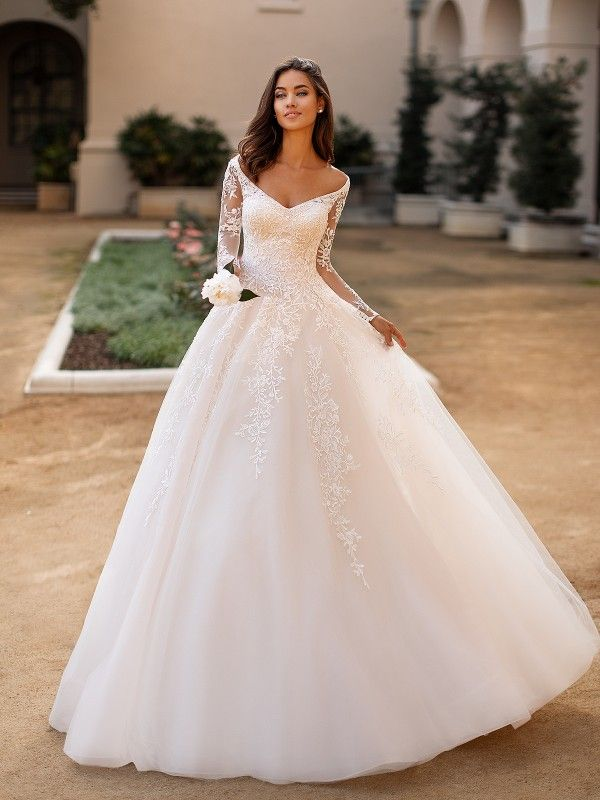 A Line Wedding Gown J6749 From The Moonlight Collection Lacy Wedding Dresses Wedding Dresses Lace Bridal Gowns