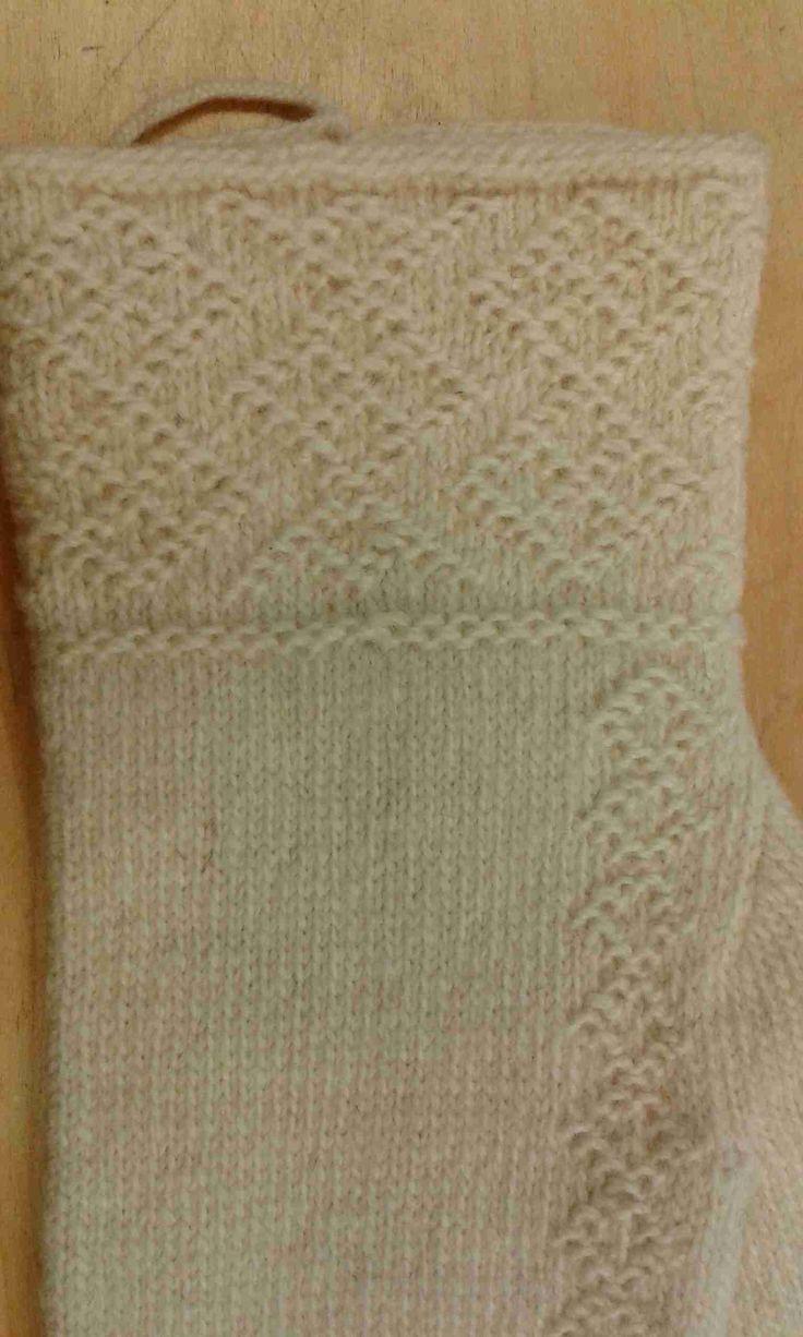 Lovely Swedish twined knitting ~~ HV-skolan Stickresan Tvåändsstickning Karin Kahnlund