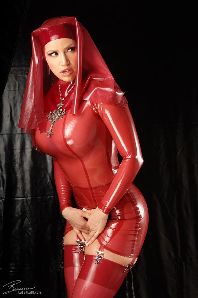 beauchamp latex mistress Bianca