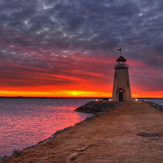 Sunset, Lighthouse Lake Hefner -