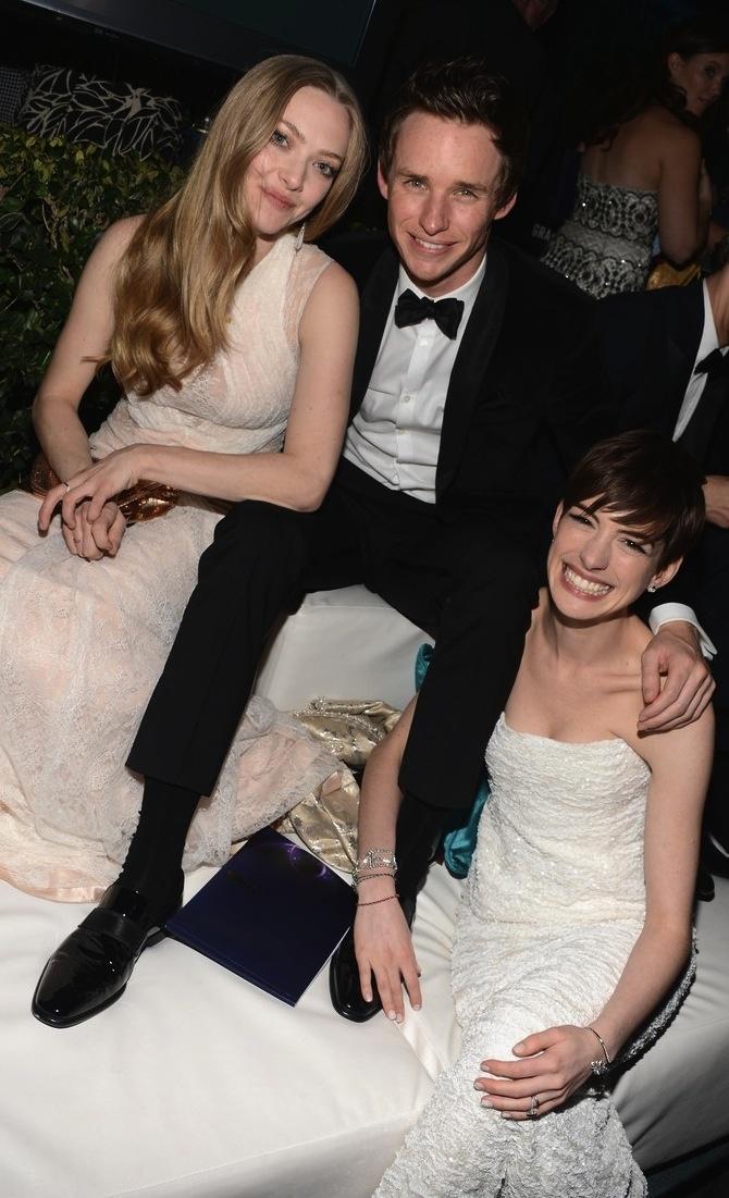 Amanda Seyfield, Eddie Raymond, and Anne Hathaway. :D