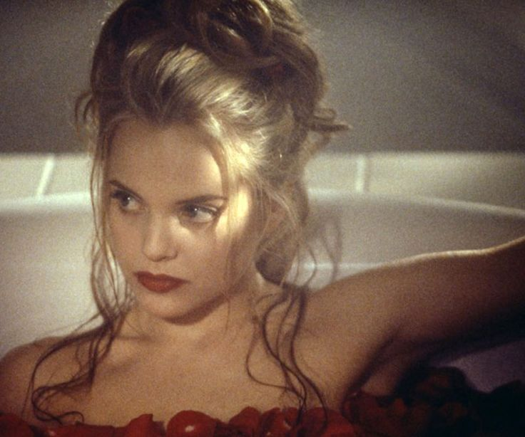 "Mena Suvari in ""American Beauty,"" 1999"