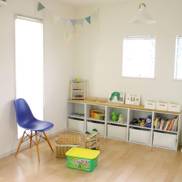 TOMさんの、ベッド周り,イームズ,子供部屋,キッズスペース,フリースペース,模様替え中,改造中,CLASKA,ベッド周りではないですが,のお部屋写真
