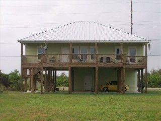 Merveilleux Crystal Beach Cabin Rental: Catchin Reyu0027s Beach Cabin Crystal Beach, Texas  | HomeAway $3700/wk | Vacation   Crystal Beach | Pinterest | Crystal Beach  Texas