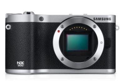 Partagez chaque instant avec le Samsung NX300, un appareil photo où haute performance et mobilité ne font qu'un. Equipé d'un capteur CMOS APS-C 20.3 mégapixels et d'un système d'autofocus hybride de nouvelle génération, aucun détail ne lui échappera… Pas même les instants rares grâce à sa vitesse d'obturation de 1 / 6000s ! Alors, ACTION !