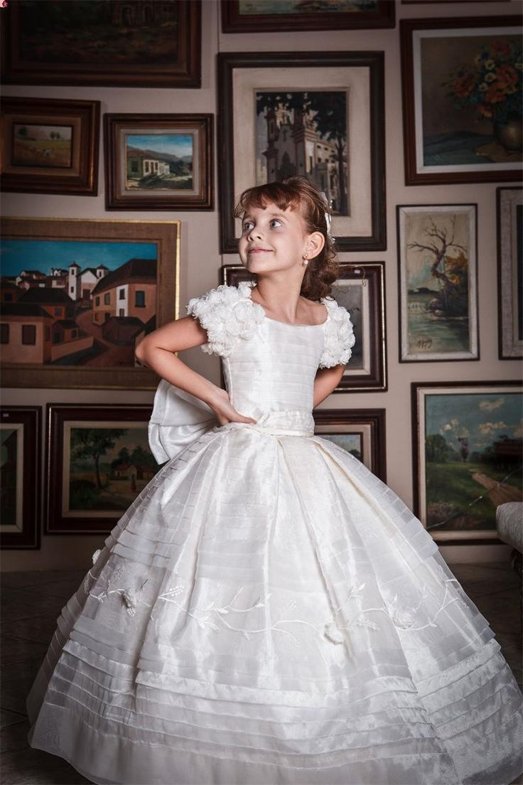2016 Junior Flower Girl Wedding Dresses Vintage Lace Organza Special Gowns Bow Sash Short Sleeves Ball Gown Princess White For Communion Little Girl Dress Shoes Little Girls Dress Shoes From Marrysa, $90.99| Dhgate.Com