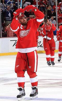 Zetterheart. To his wife in the stands after scoring the OT winner ❤️