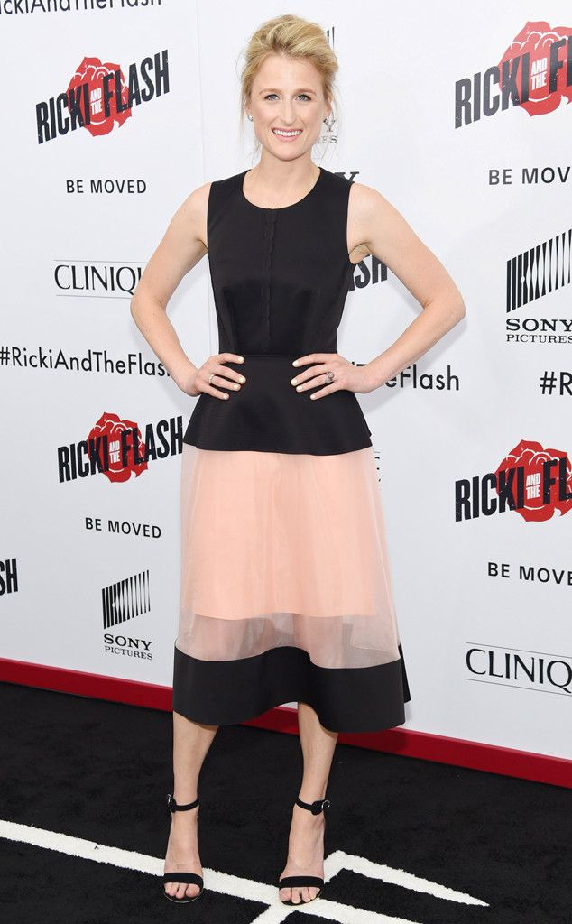 Sheer Perfection from Fashion Police Like mother, like daughter! Mamie Gunner is following in her mama's chic rocker footsteps with this black and pink Balenciaga dress. The fit is perfect and makes her waist look super tiny. Plus the sheer skirt adds a touch of whimsy. Love it.