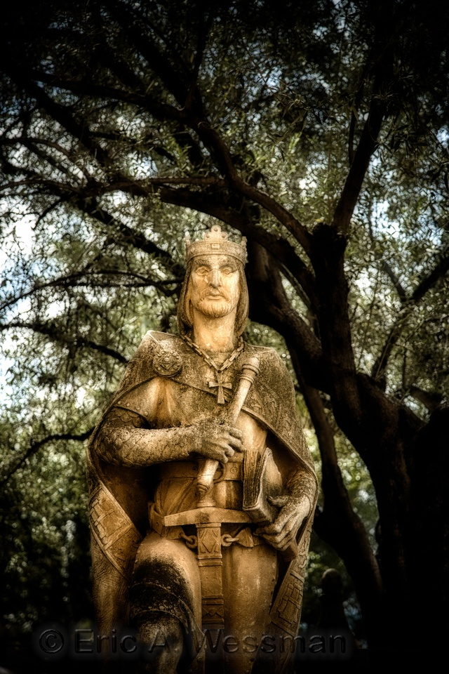 Statue of King Ferdinand