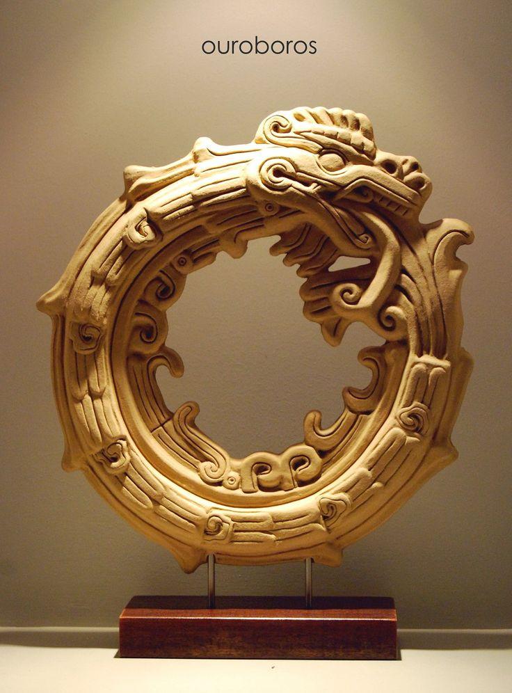 Ouroboros: Nuevo arte tierra calendario maya escultura Heidi leñador - galería de esculturas de gran tamaño