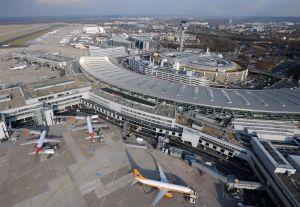 Flughafen Düsseldorf hält Streiks für möglich Flughafen