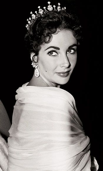 Elizabeth Taylor in one of her most memorable pieces of jewelry.  Diamond tiara Mike Todd said she was his Queen.
