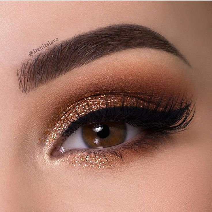 How pretty is this for a sunny day like today? Love this look by @denitslava it's simple and gorgeous. Check out her Youtube tutorial on this look. #BeautyConvict #makeuplooks #luxuriouslashes #silklashes