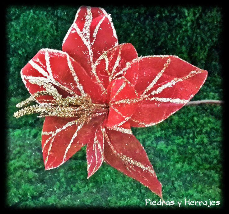 Flor de tull roja  Ref: 485-2083  Tel.511 78 17 Cel.3127994768 Medellín-Colombia