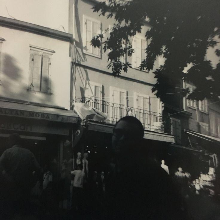 Sevgili...  / Kemeraltı.   #izmir #lomography #dianaf @oouz2268