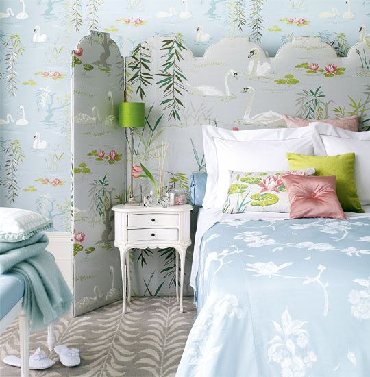 Google Image Result for http://www.thelennoxx.com/wp-content/uploads/2010/08/HTHcute-romantic-bedroom-light-blue-green-with-swan-wallpaper-1.jpg