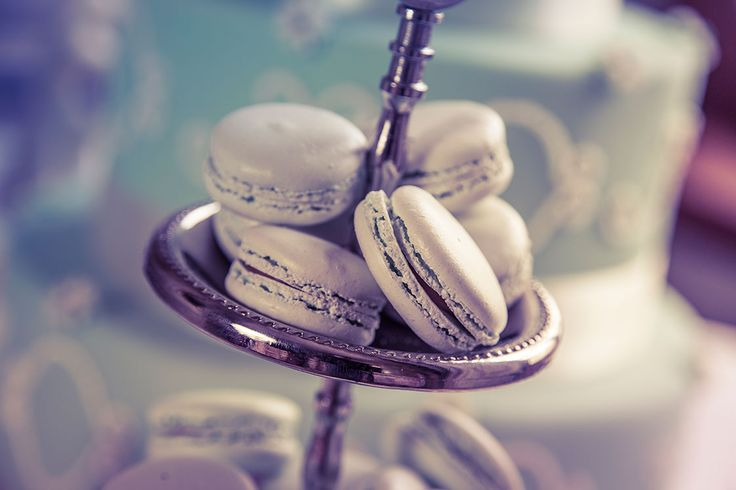Wedding inspirations #wedding #cakes #macarons #sweets #chocolate #choco #pralines