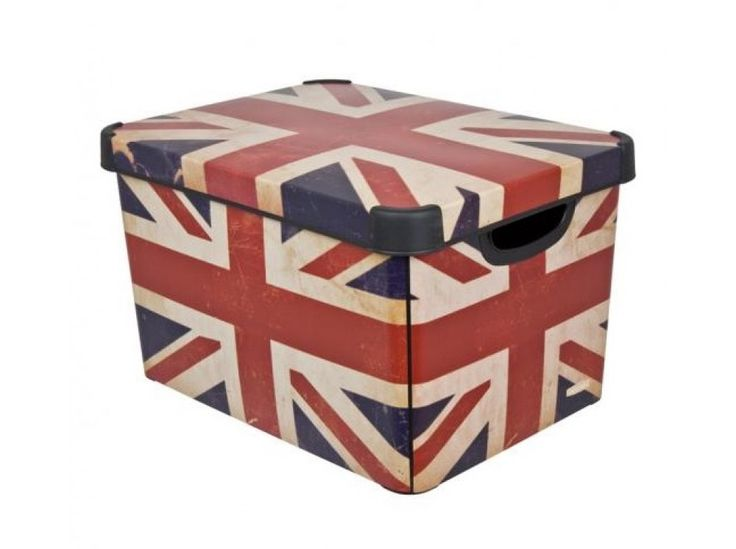 Klimatyczne pudełko z tworzywa.