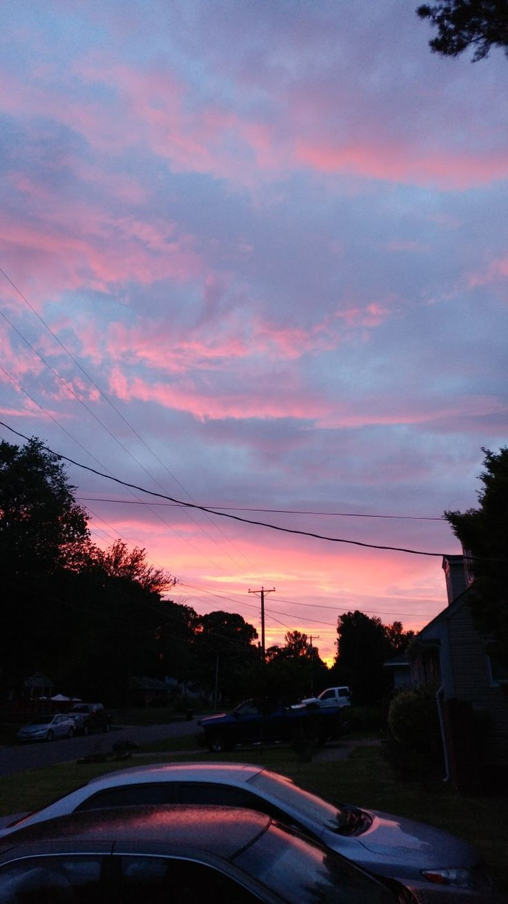 I call this one the cotton candy. How beautiful the sky looks. Woww I'm a su…