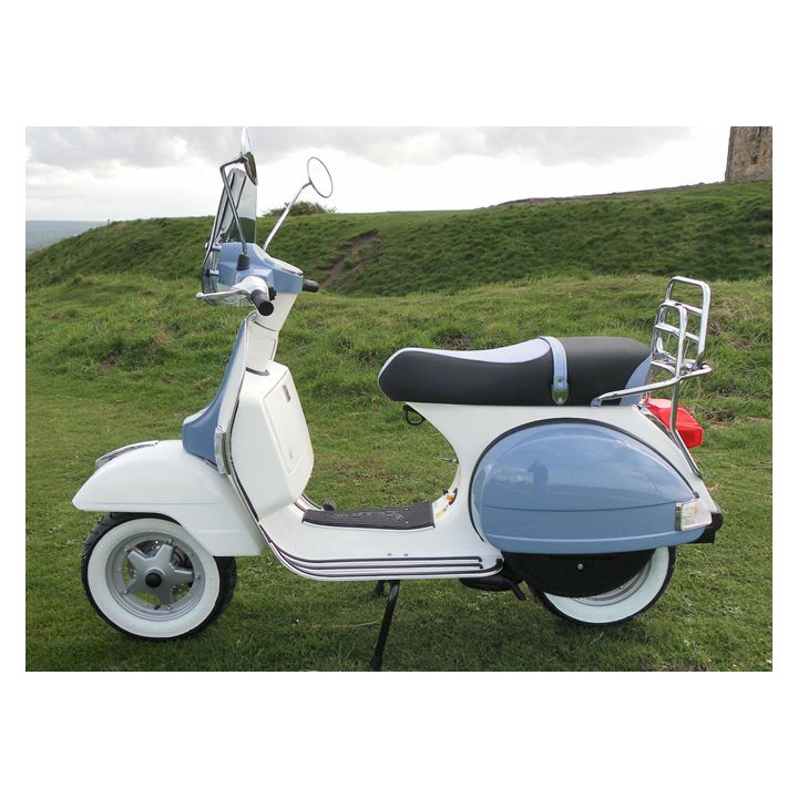 25 best ideas about vespa px 125 on pinterest vespa scooters moped scooter and vespa. Black Bedroom Furniture Sets. Home Design Ideas