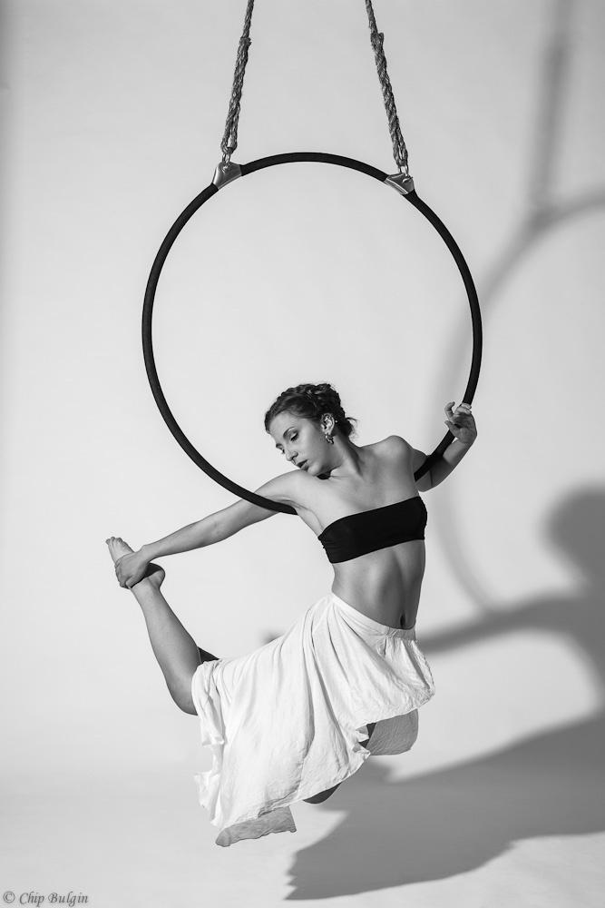 aerial hoop   pose below