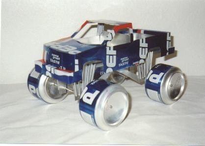 Crea autos, aviones con latas (Arte reciclando).