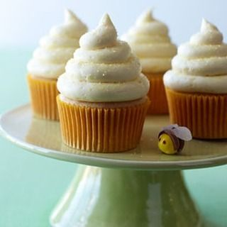 Cupcakes  2 c. all-purpose flour   tsp. each baking powder and baking soda   tsp. salt   c. reduced-fat sour cream   c. milk  1 tbsp. grated lemon zest  4 tbsp. lemon juice   c. unsalted butter   c. honey   c. sugar  3 large eggs  Get the rest at http://ift.tt/2fyWMEV  #honey #honeydesserts #foodporn #yum #yummy #sweet #dinner #lunch #breakfast #fresh #tasty #delish #delicious #eating #foodpic #foodpics #eat #hungry #foodgasm #hot #foods #dessert #desserts #cake #icecream #dessertporn…