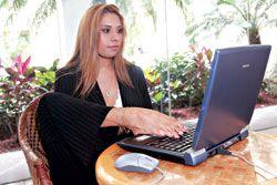 Adriana Macías – Es una Mujer Completa – Ejemplo de Vida http://www.yoespiritual.com/reflexiones-sobre-la-vida/adriana-macias-es-una-mujer-completa-ejemplo-de-vida.html