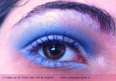 make up azzurro