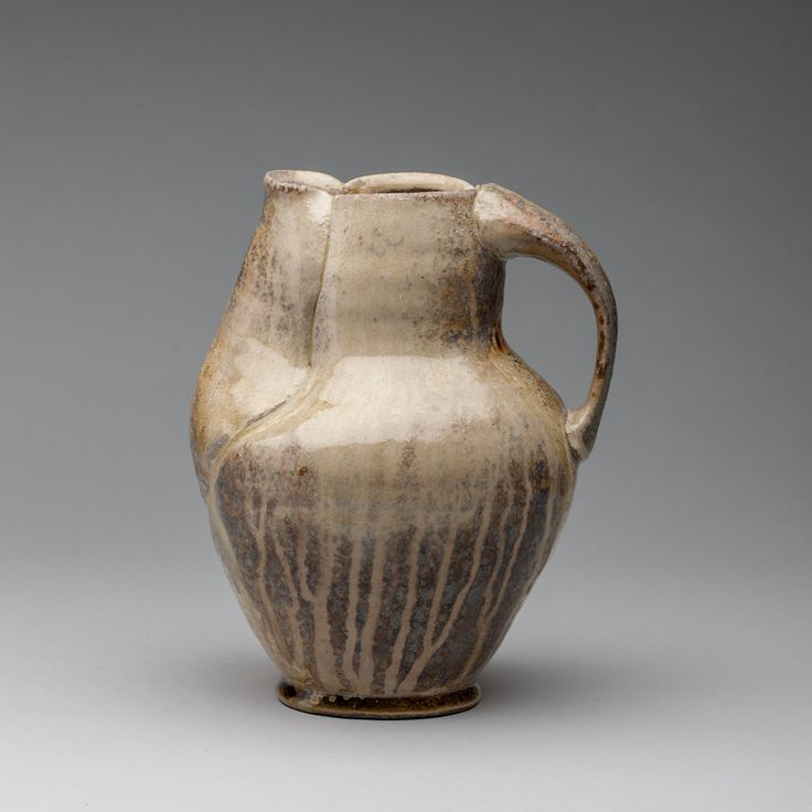 Pitcher – Hannah Meredith / Ceramics