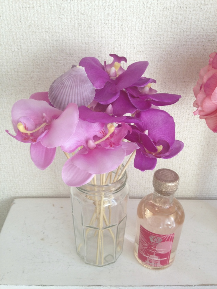 Orchid Reed for Aloma Diffuser.made by Yoko Alexander.