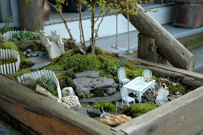 Fairy garden box with a tree swing! cute