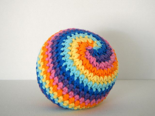 Free Amigurumi Ball Pattern : 17 Best ideas about Crochet Ball on Pinterest Crochet ...