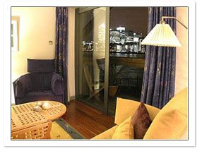 London self catering riverside accommodation perfect for London ...