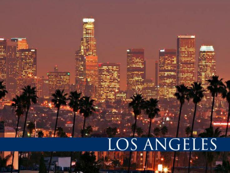 Лос-Анджелес – гигантское одеяло, сшитое из десятков цветных лоскутков  Еще в 80-х годах прошлого века Сергей Довлатов писал об этом городе: «В Лос-Анджелесе можно повстречаться только на хайвее». Прошло уже почти четыре десятка лет, и с тех пор ничего не изменилось: вечные автомобильные пробки, в которых можно встретить свою любовь, закрутить короткий любовный роман, провести деловую встречу или обсудить семейные проблемы. Город просто огромный, с десятками отдельных районов, разбросанными…
