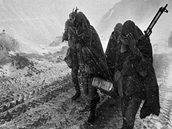 Armenian volunteers in Nagorno-Karabakh War.