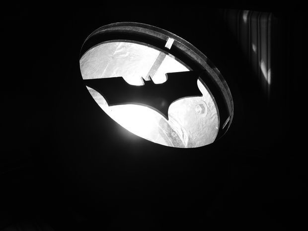 Batman DIY light up bat signal. Gimmee all the nerd crafts!! I can totally make this happen for my Bat Cave at home. Bruce Wayne would be proud...