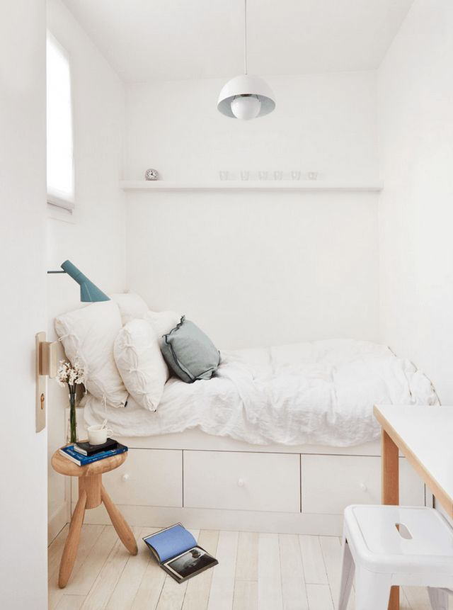 Just because your bedroom is itty-bitty doesn't mean it can't be beautiful. We've searched the web for the most attractive tiny bedrooms out there and have rounded them up here to inspire your own small space.
