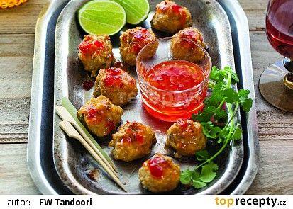 Thajské kuřecí masové kuličky ve sladké chilli omáčce recept - TopRecepty.cz....... https://www.toprecepty.cz/recept/51030-thajske-kureci-masove-kulicky-ve-sladke-chilli-omacce