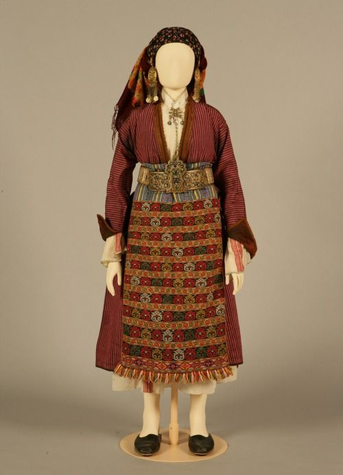 Bridal or festive costume of Soufli, Thrace Early 20th century ©Peloponnesian Folklore Foundation, Nafplion, Greece