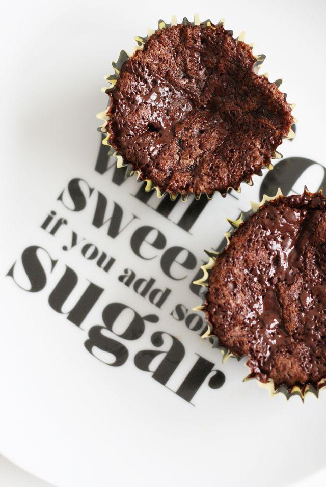Rackarungar: Kladdiga chokladmuffins utan ägg
