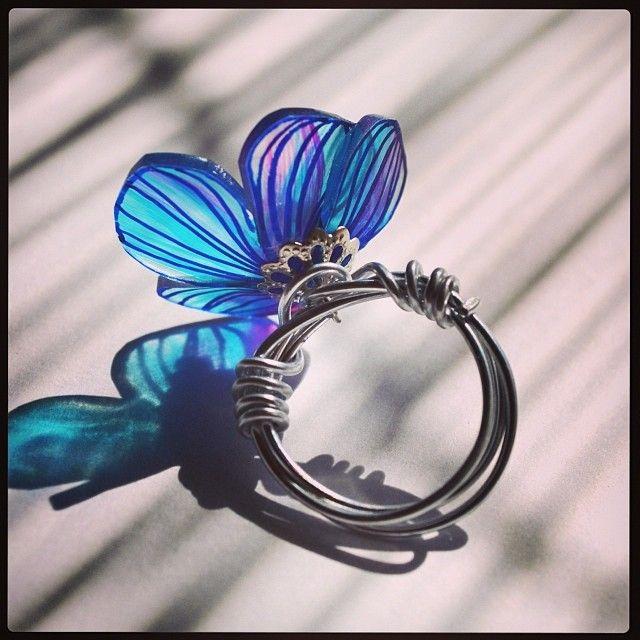 プラバンの花の指輪 #shrinkplastic #flower #ring #shrinkydinks #プラバン #プラ板