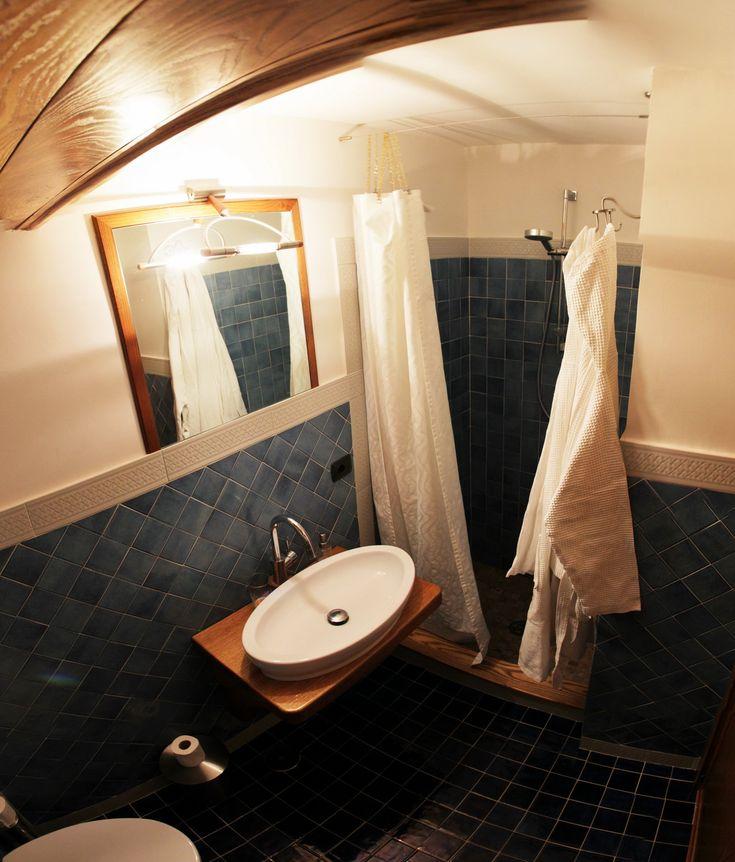 Il bagno delle camere a L'ANTICO EPISCOPIO