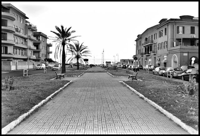 Seaside town on the Tyrrhenian coast far 27 Km from Rome