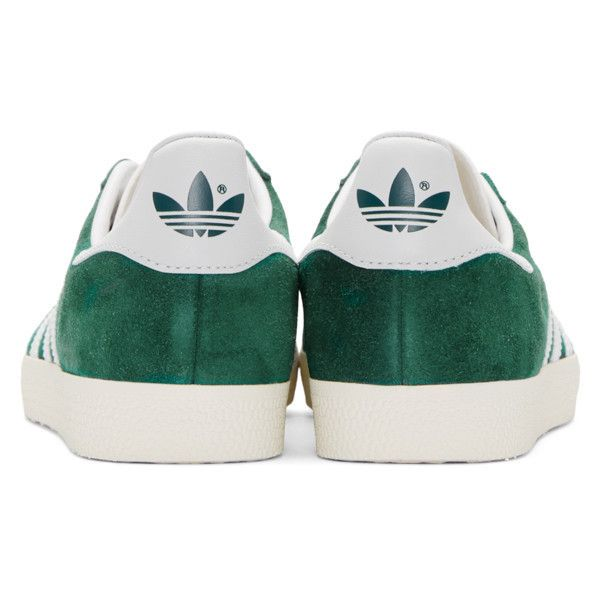 adidas Originals Green Gazelle Sneakers (1,440 EGP) ❤ liked on Polyvore featuring shoes, sneakers, rubber sole shoes, round toe sneakers, round toe shoes, green trainers and lace up sneakers