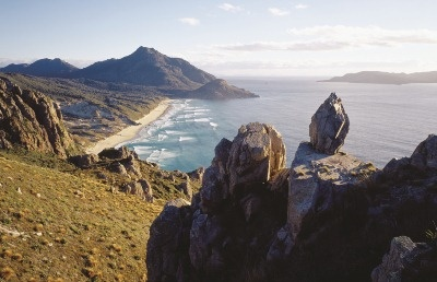 Google Image Result for http://www.newzealand-indepth.co.uk/body-right/stewart-island-coast.jpg