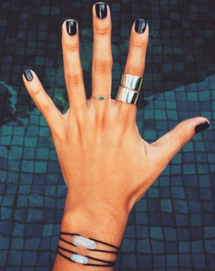 Black Onyx by OPI. Natural nail manicure.