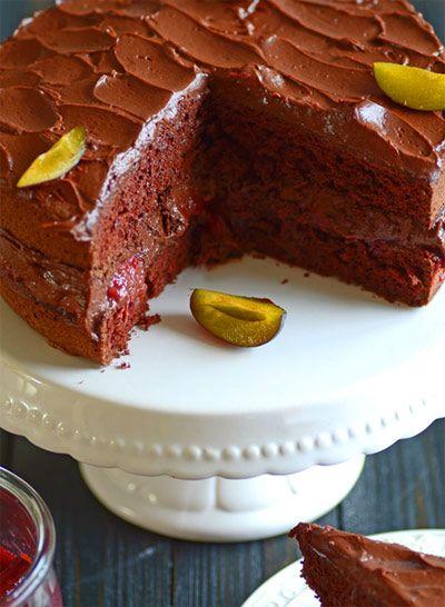Ciasto czekoladowe bezglutenowe ze śliwkami