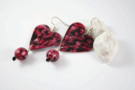 Orecchini cuore  nero/rosa/argento fatti a di francescALKEKENGI