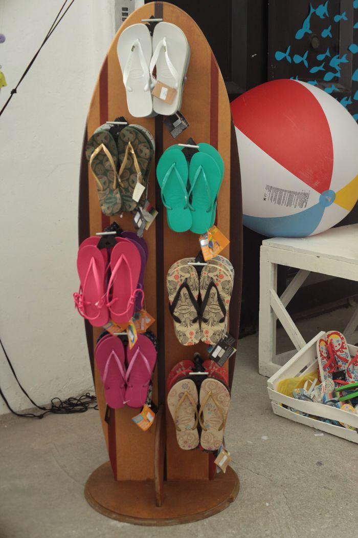 flip flops and ball